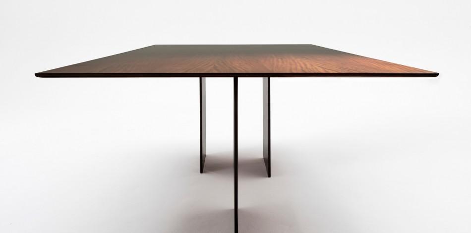 Mesa de jantar fio 1.
